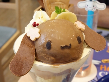 Cinnammoroll Cafe food 4